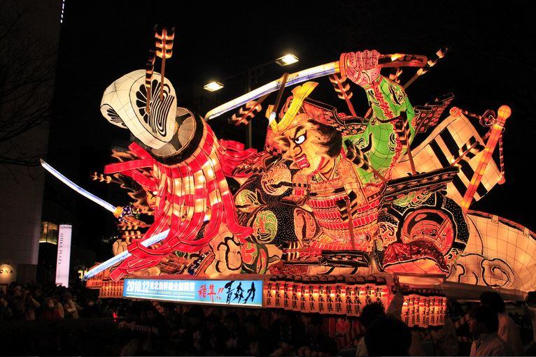 日本の火祭りの中でも有名なの ... : 日本の有名な祭り : 日本